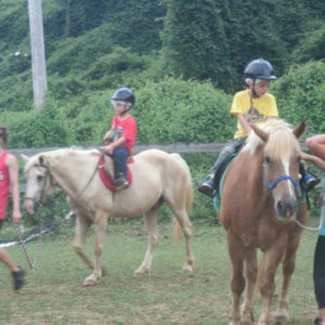hoeresback riding camps